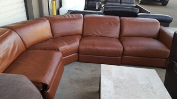 Chateau Dax Nicolo Cognac Power Reclining 4-Piece Italian Leather Sectional