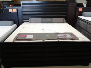 Same Twin Beds Head Board New Mattresses Dining Set Sofas