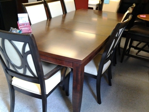 Legacy Dark Espresso Finish Dining Table with Curved Ends & 2 Leaves (blemish)