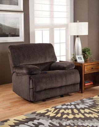 New Classic Idaho Plush Charcoal Recliner