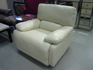 Manwah Nina Ivory Leather Power Recliner